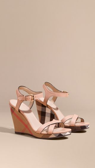 House Check Detail Leather Wedge Sandals