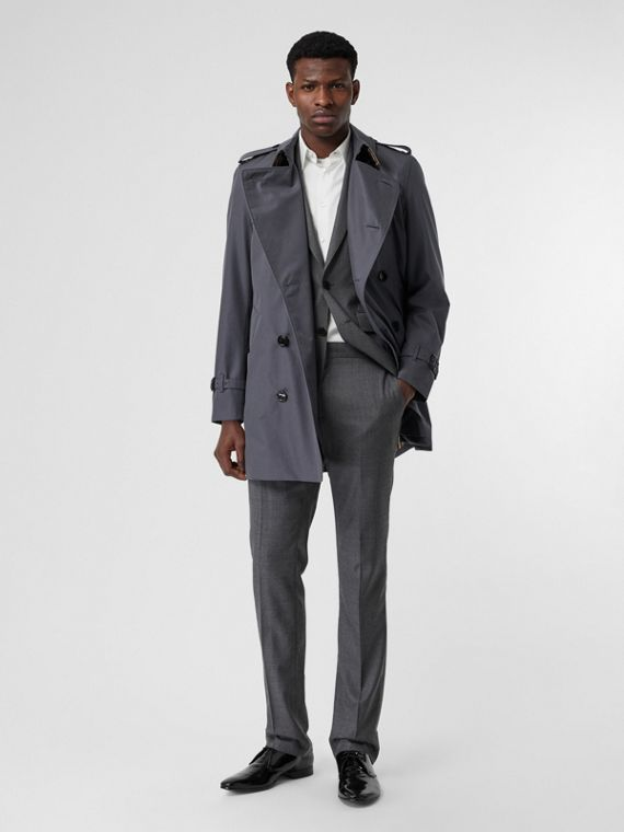 Short Chelsea Fit Trench Coat in Mid Grey
