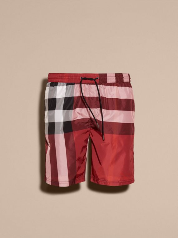 Short de bain à motif check (Rouge Parade) - Homme | Burberry
