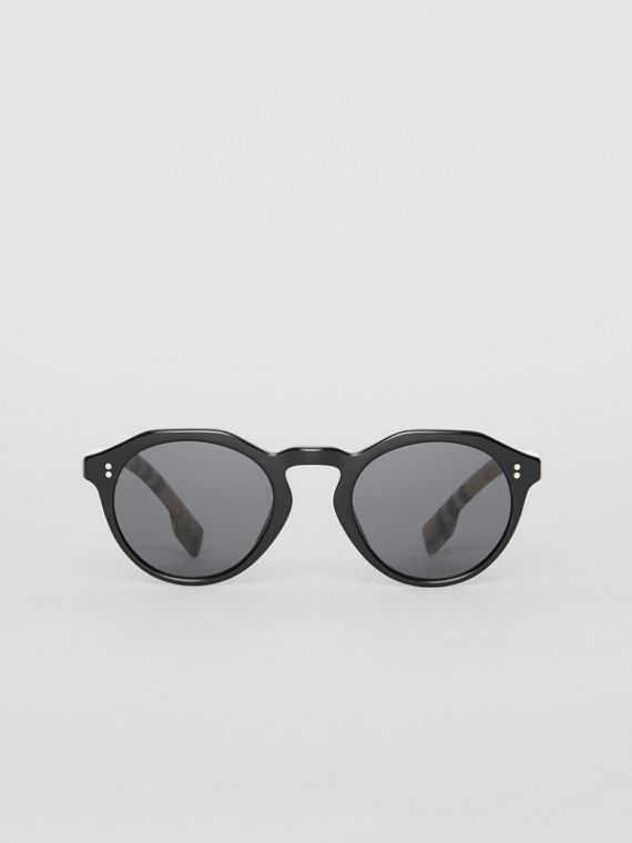 Vintage Check Detail Round Frame Sunglasses in Black/beige