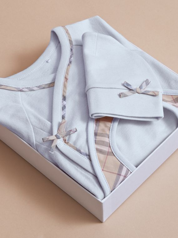 Cotton Three-piece Baby Gift Set in Ice Blue | Burberry - cell image 3