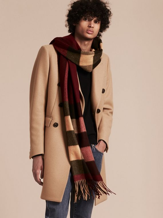 Oversize Check Cashmere Scarf in Claret - cell image 2