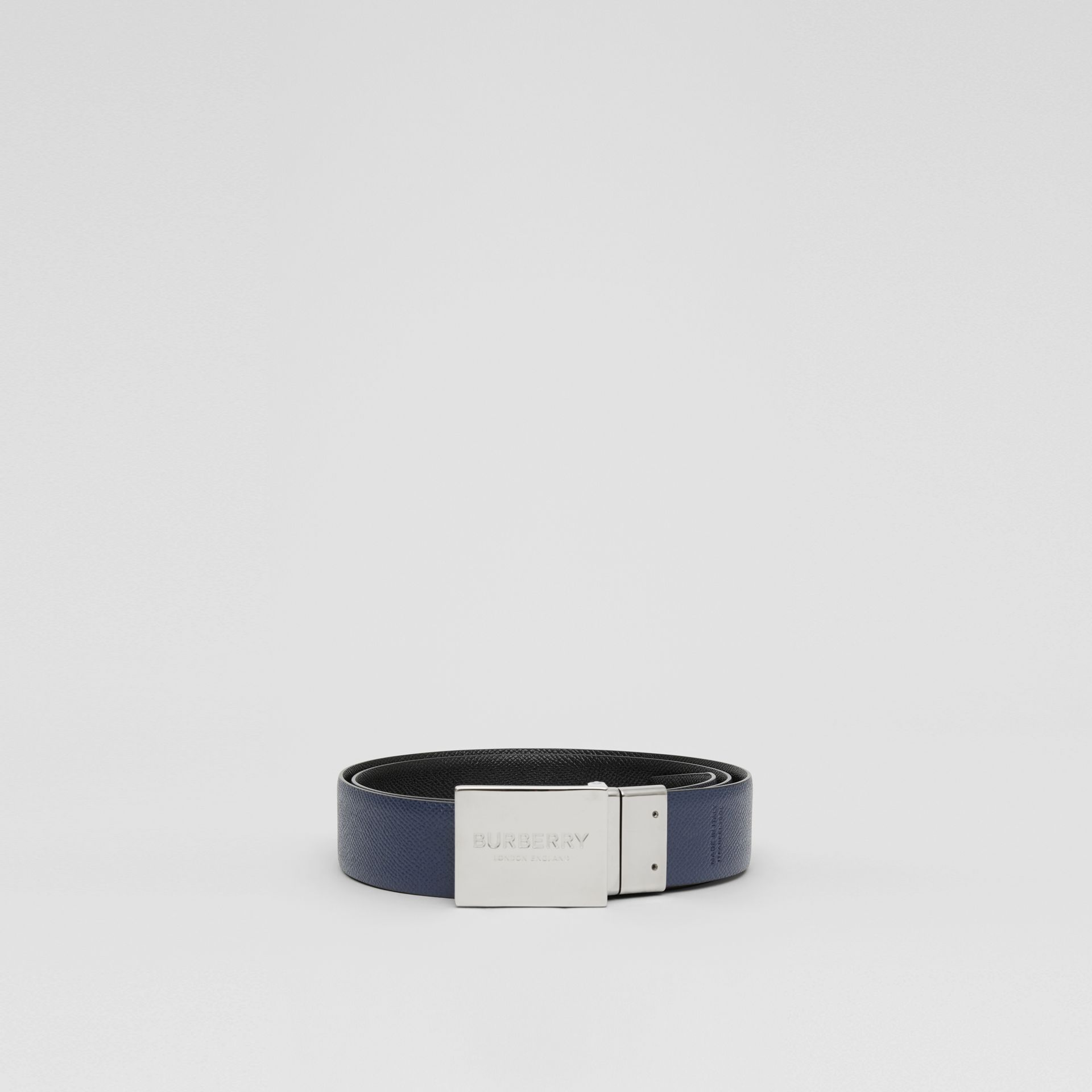 Reversible Plaque Buckle Grainy Leather Belt in Black/navy - Men | Burberry United Kingdom - gallery image 6