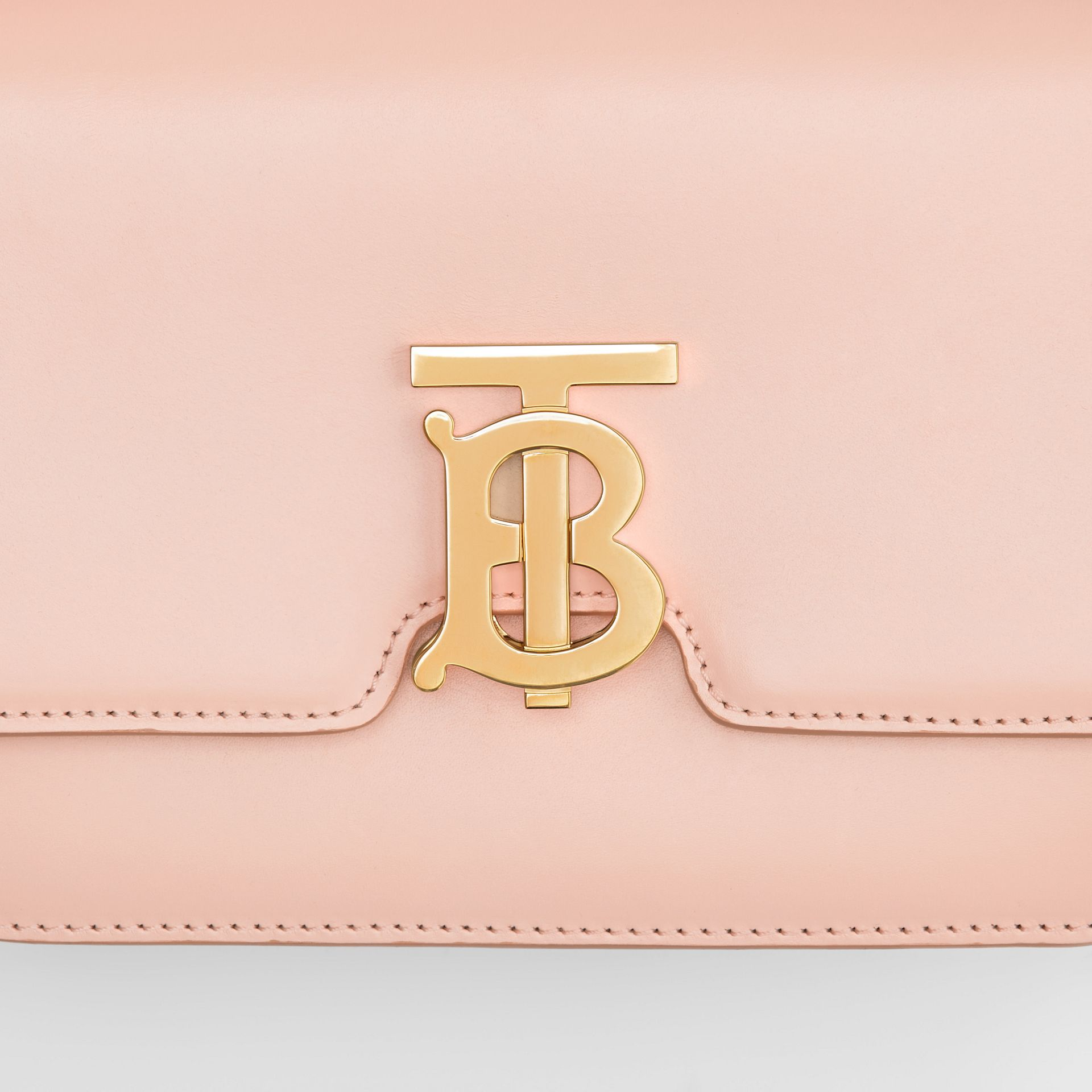 Petit sac TB en cuir (Beige Rose) - Femme | Burberry - photo de la galerie 1