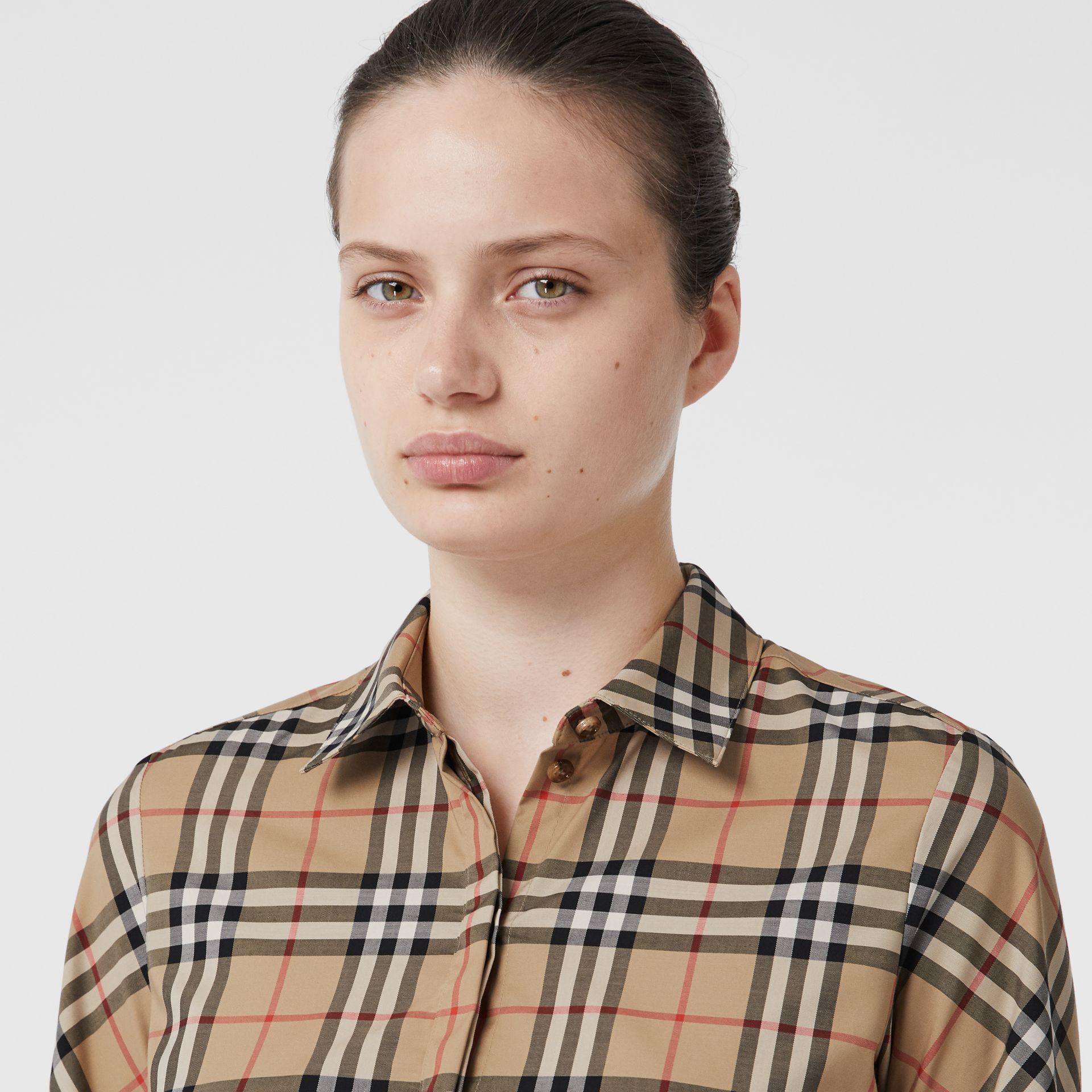 Vintage Check Stretch Cotton Twill Shirt in Archive Beige - Women | Burberry - gallery image 4