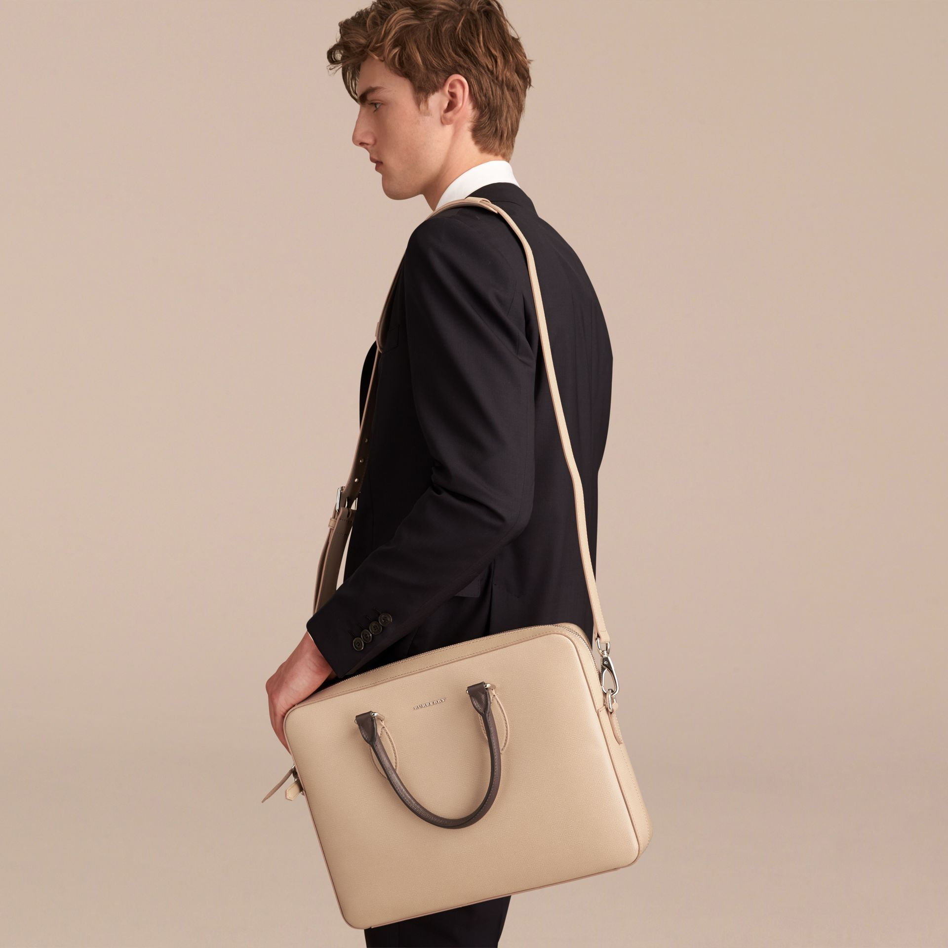 London Leather Briefcase in Honey/bitter Chocolate - Men | Burberry - gallery image 4
