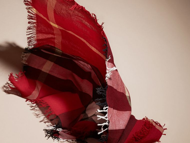 Check Wool Square - Large in Parade Red | Burberry - cell image 4