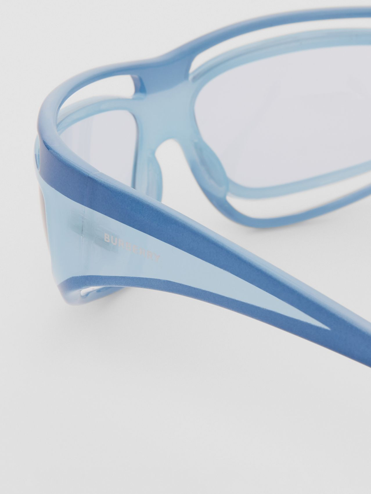 Eliot Shield Sunglasses in Azure Blue