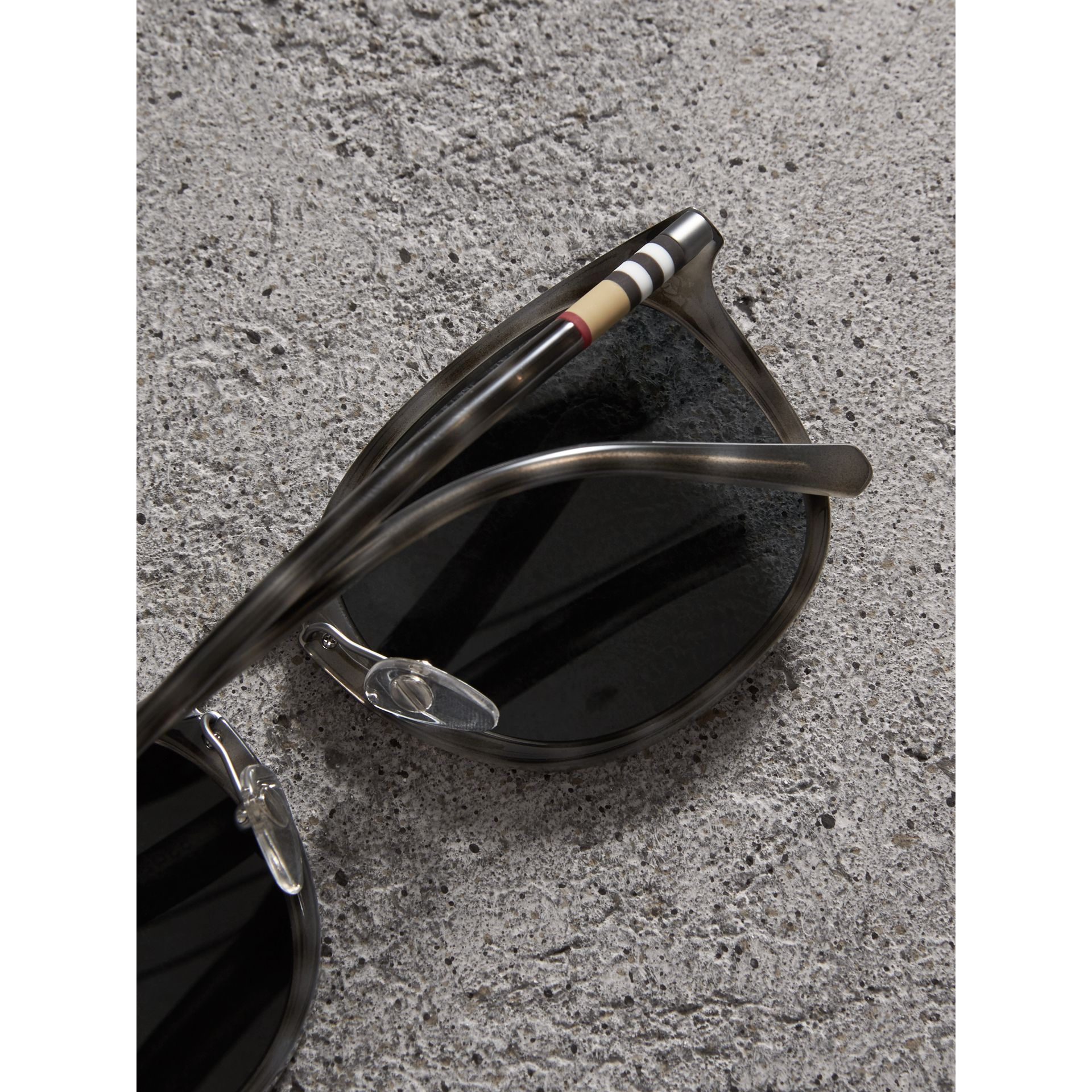 Square Frame Acetate Sunglasses in Grey - Men | Burberry United Kingdom - gallery image 1
