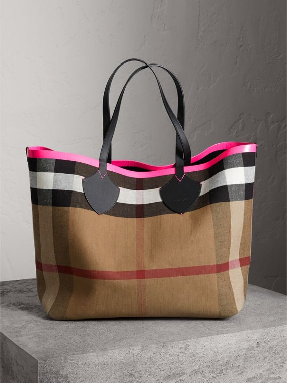 The Giant Reversible Tote In Canvas Check And Leather Black Neon Pink
