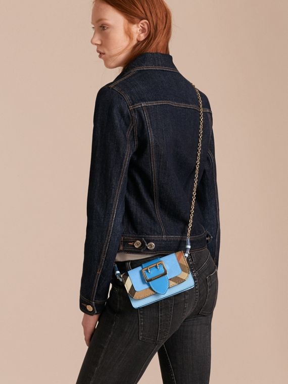 Azul mineral intenso Bolso Buckle mini en piel y House Checks Azul Mineral Intenso - cell image 2