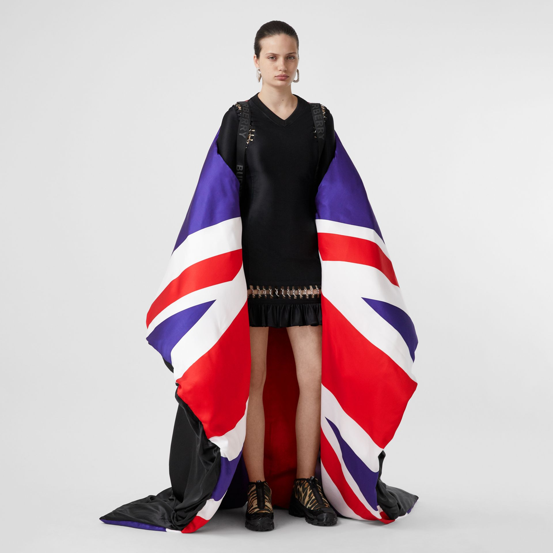Union Jack and Logo Print Oversized Puffer Cape in Multicolour | Burberry United States - gallery image 10