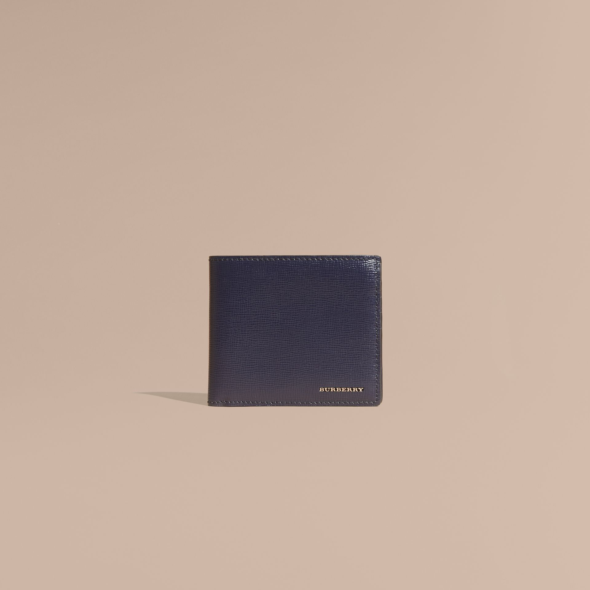 Cartera plegable para todas las divisas en piel London (Azul Marino Oscuro) | Burberry - imagen de la galería 2