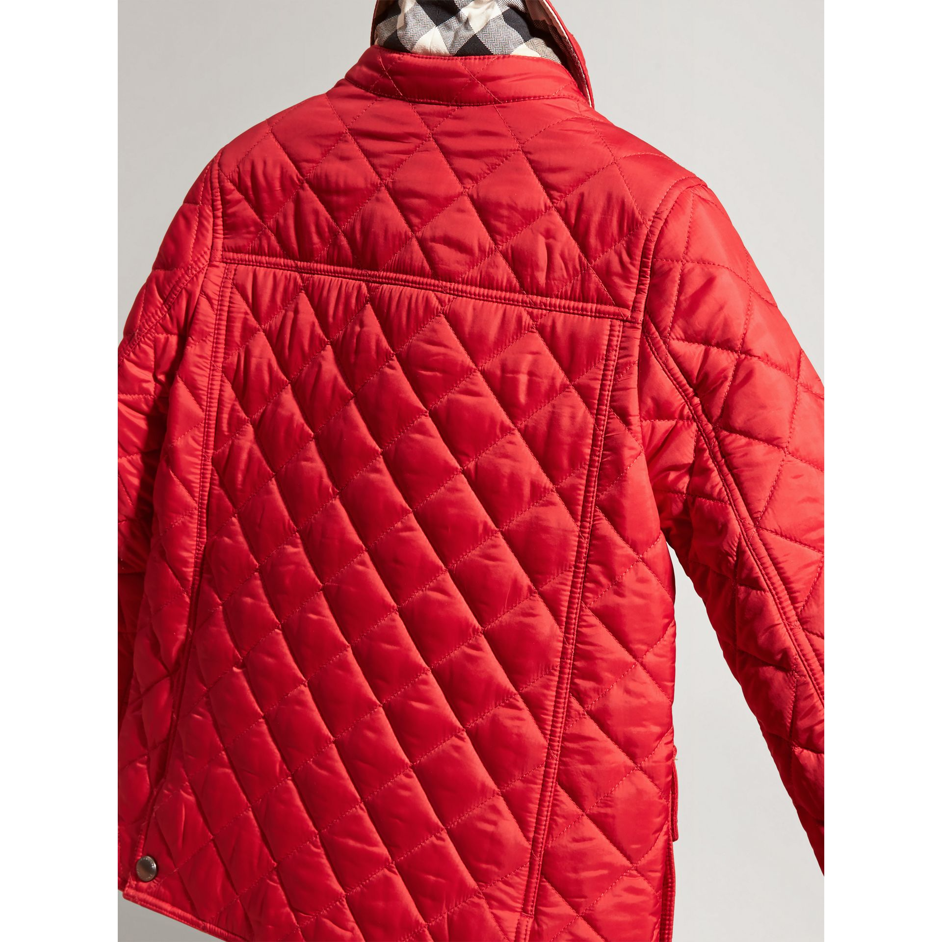 Detachable Hood Lightweight Quilted Jacket in Bright Cherry Red | Burberry - gallery image 2