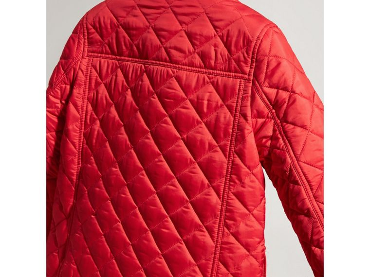 Detachable Hood Lightweight Quilted Jacket in Bright Cherry Red - Boy | Burberry United Kingdom - cell image 2