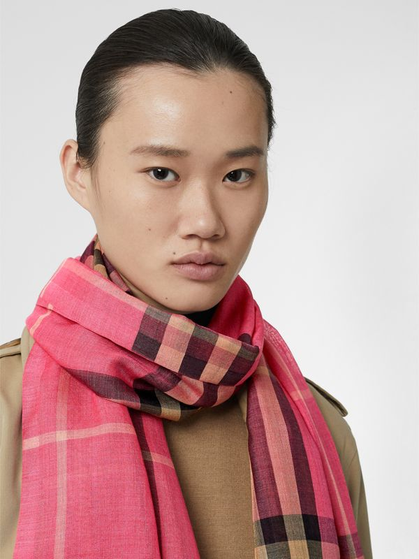 Lightweight Check Wool and Silk Scarf in Rose Pink | Burberry - cell image 2
