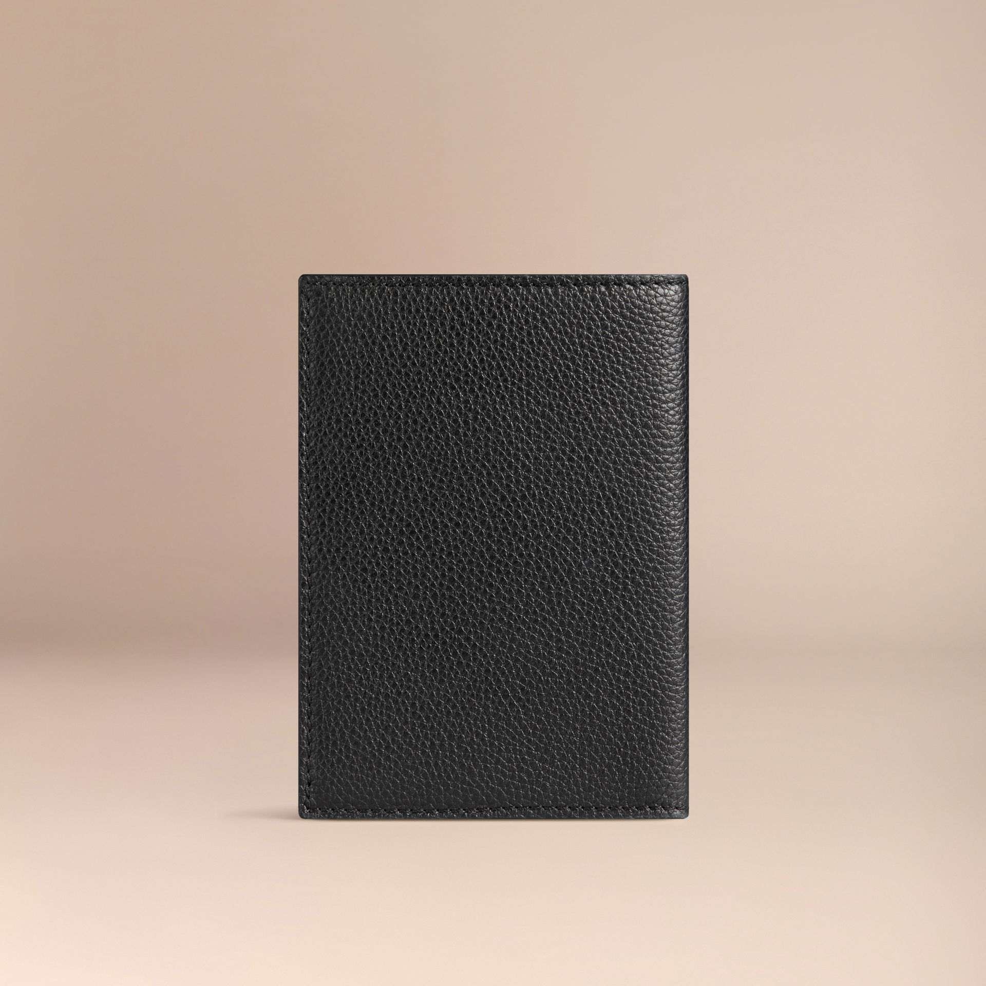 Grainy Leather Passport Cover in Black | Burberry - gallery image 2