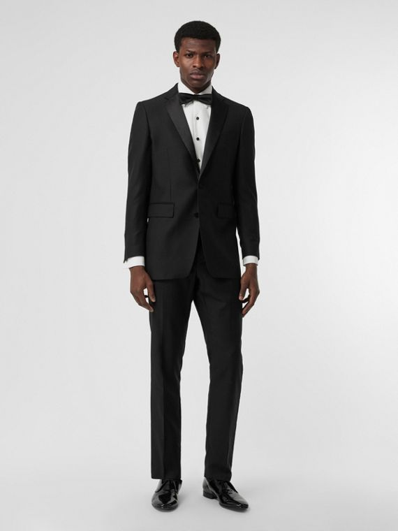 Modern Fit Wool Mohair Tuxedo in Black