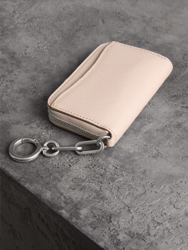 Link Detail Leather Ziparound Wallet in Stone - Women | Burberry United States - cell image 2