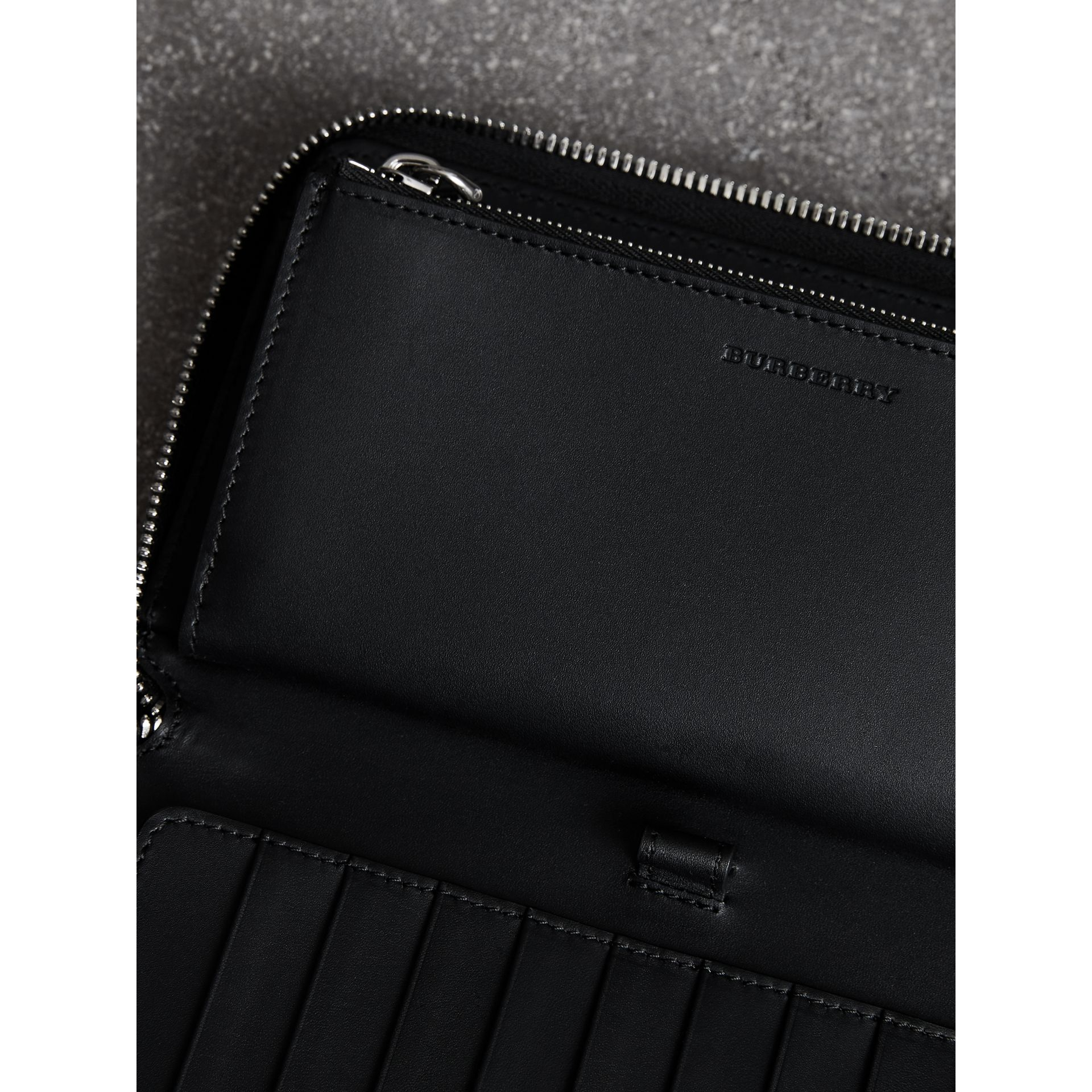 Grainy Leather Ziparound Wallet in Black - Men | Burberry - gallery image 3