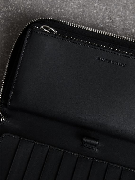 Grainy Leather Ziparound Wallet in Black - Men | Burberry - cell image 3