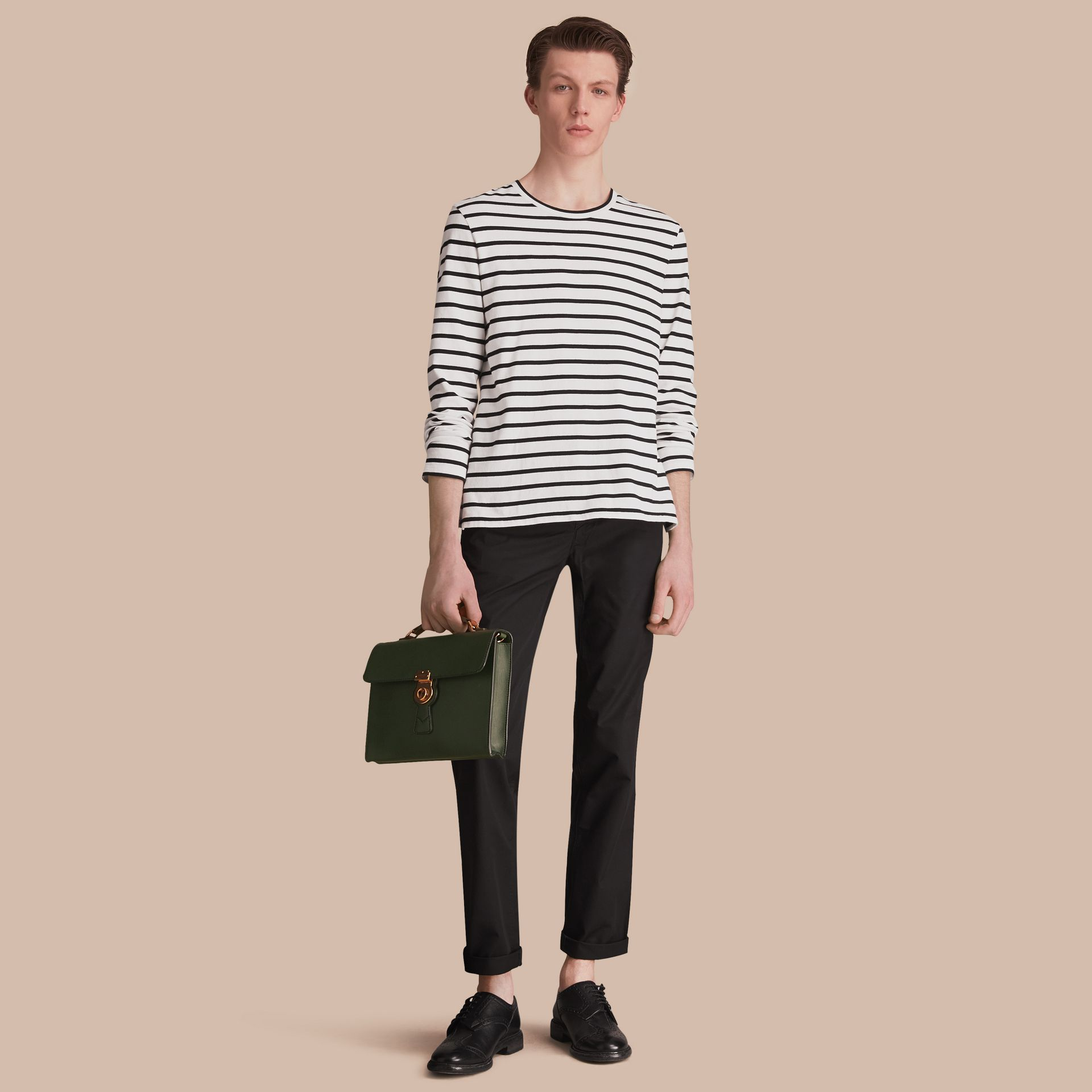 Pantalon chino de coupe droite en coton (Noir) - Homme | Burberry - photo de la galerie 1