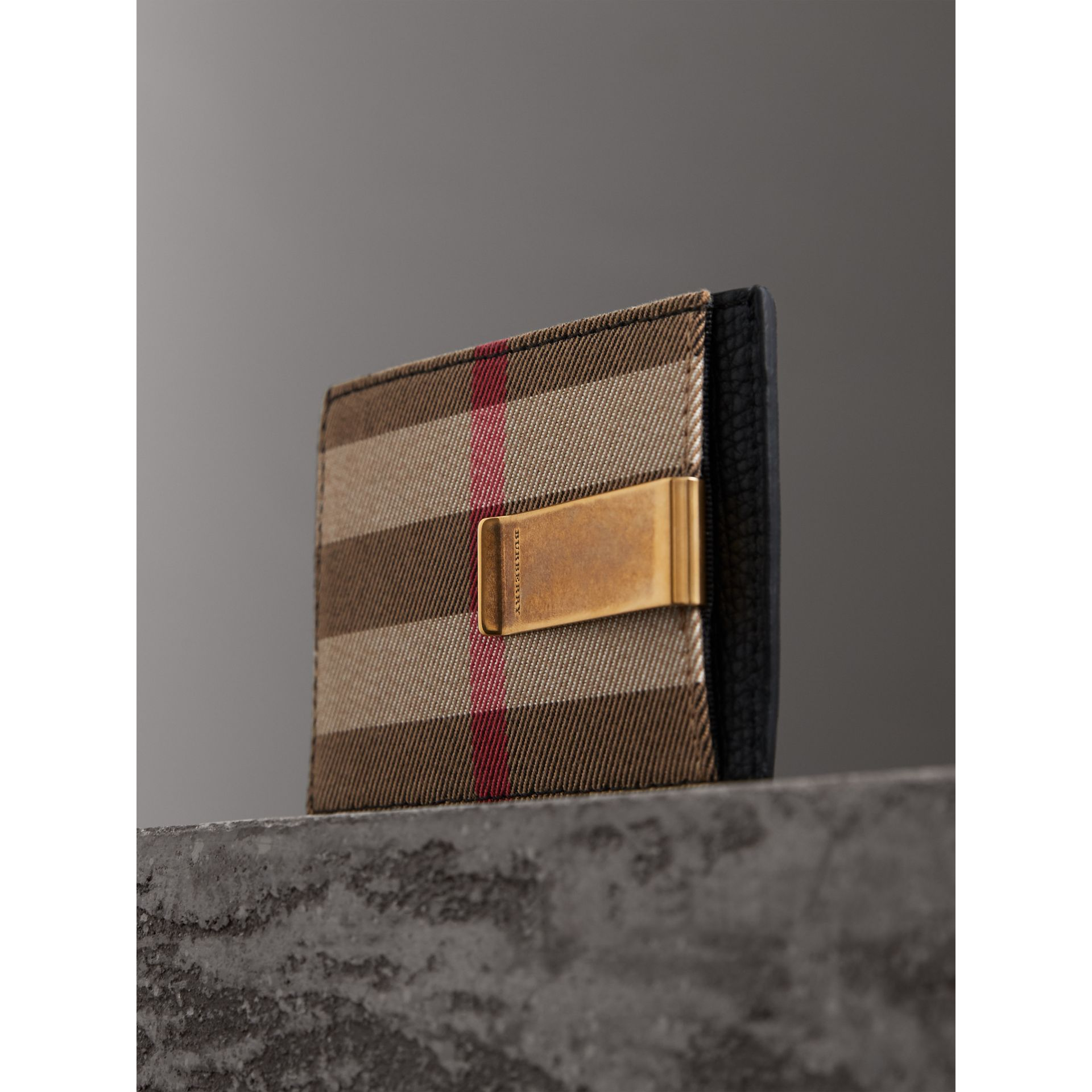 House Check and Leather Money Clip Card Case in Black - Men | Burberry United States - gallery image 2