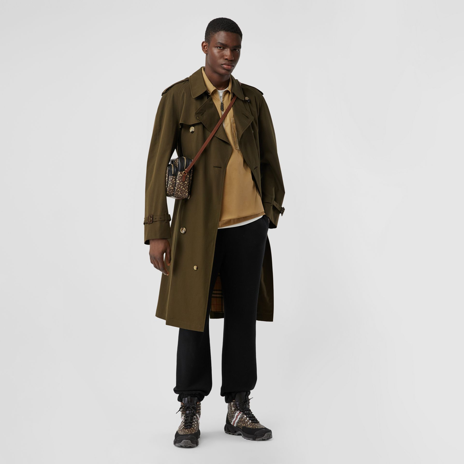 The Westminster Heritage Trench Coat in Dark Military Khaki - Men | Burberry Canada - gallery image 0