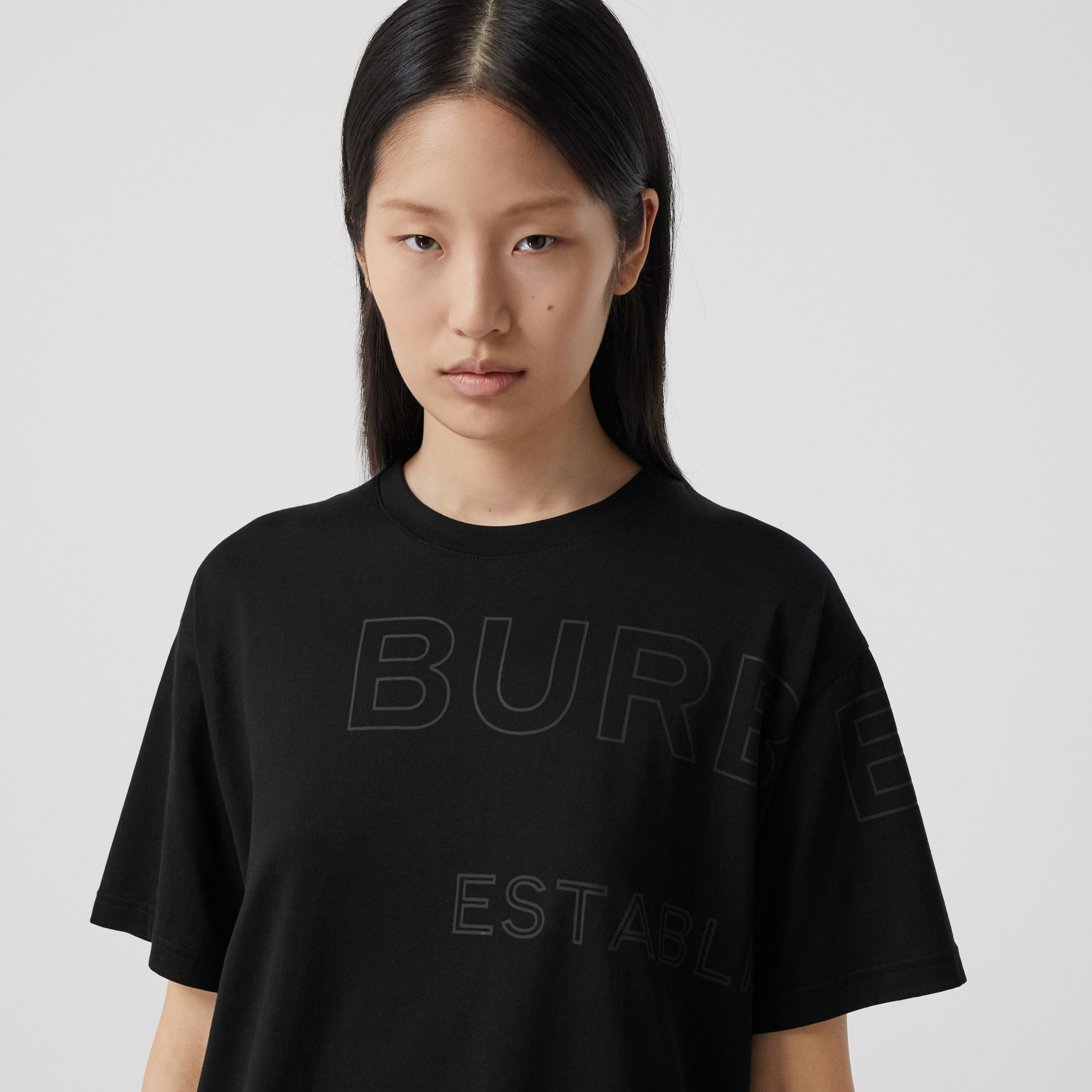 Horseferry Print Cotton Oversized T-shirt in Black - Women | Burberry - 2