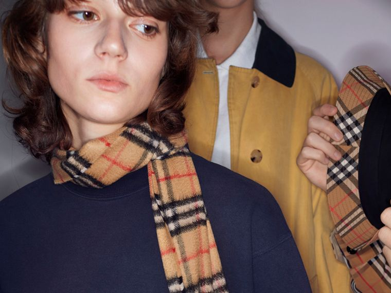 Long Vintage Check Cashmere Scarf in Antique Yellow | Burberry United Kingdom - cell image 4