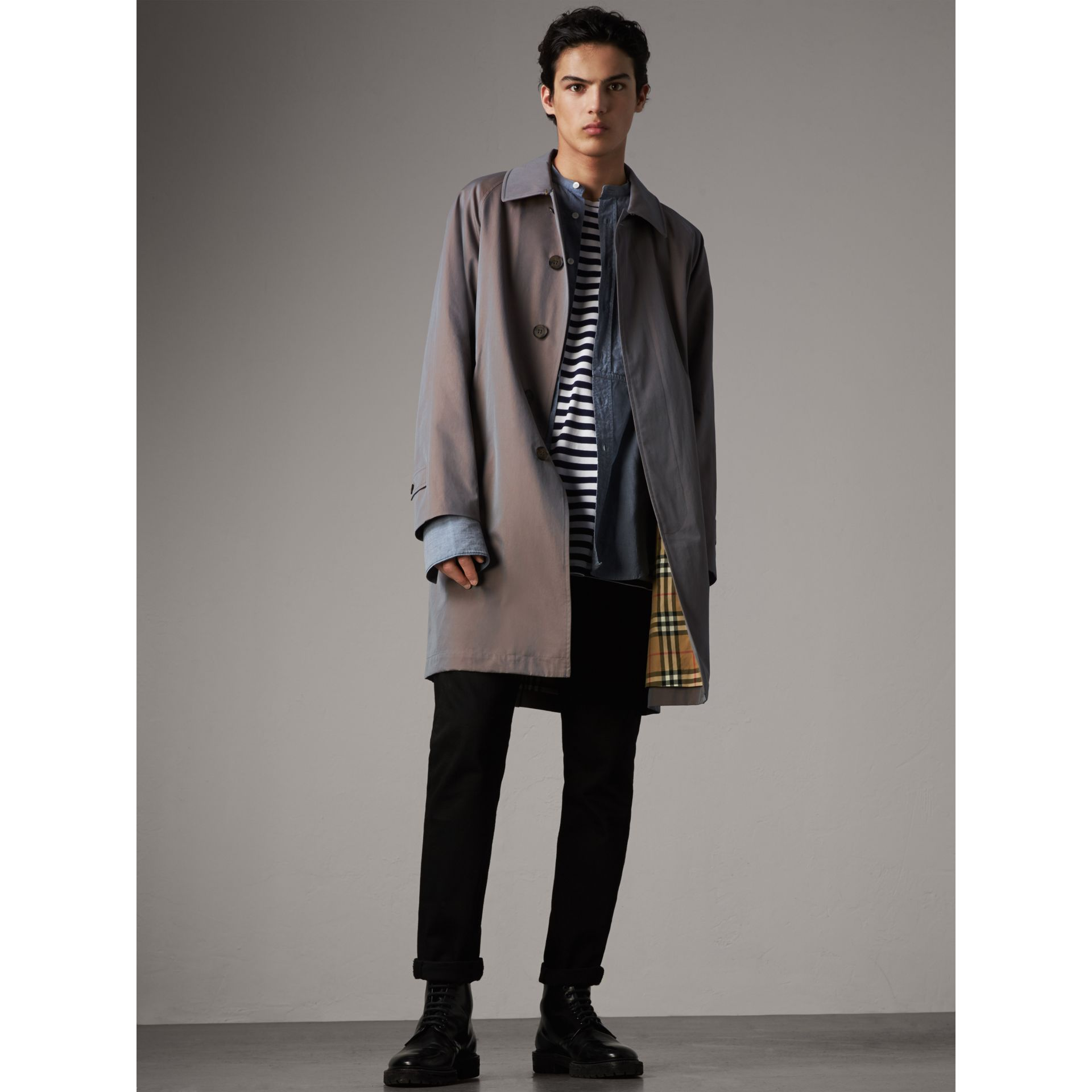 The Camden – Long Car Coat in Lilac Grey - Men | Burberry Australia - gallery image 1