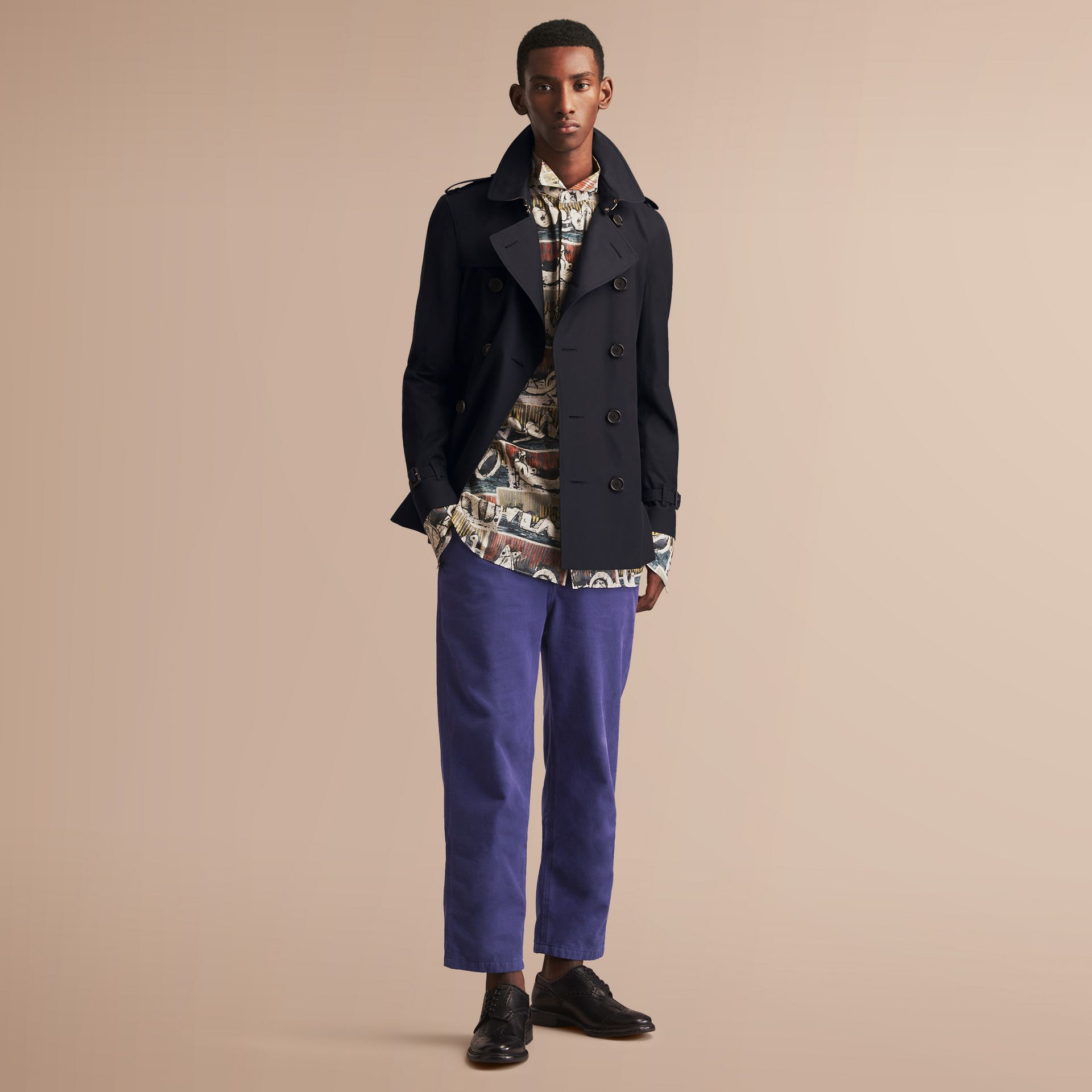 The Sandringham – Short Heritage Trench Coat in Navy - Men | Burberry - gallery image 1