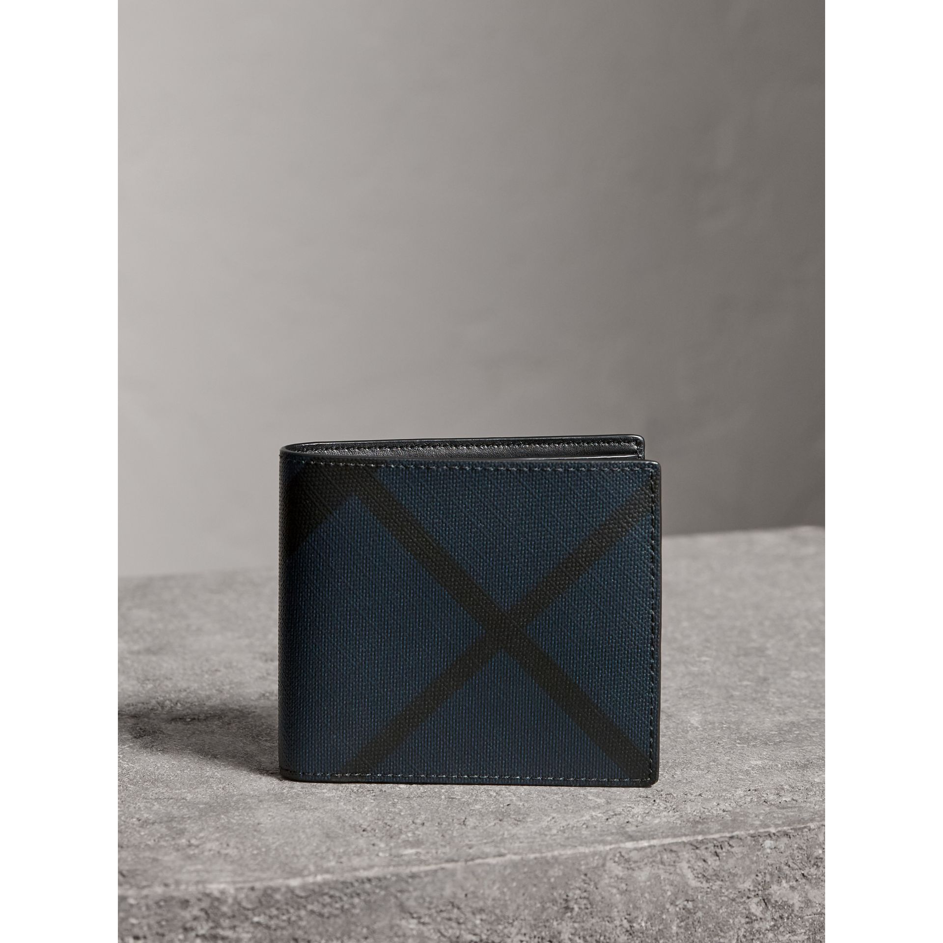 London Check ID Wallet in Navy/black - Men | Burberry United States - gallery image 4
