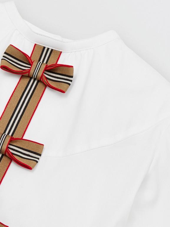 Icon Stripe Trim Stretch Cotton Poplin Dress in White | Burberry United Kingdom - cell image 1