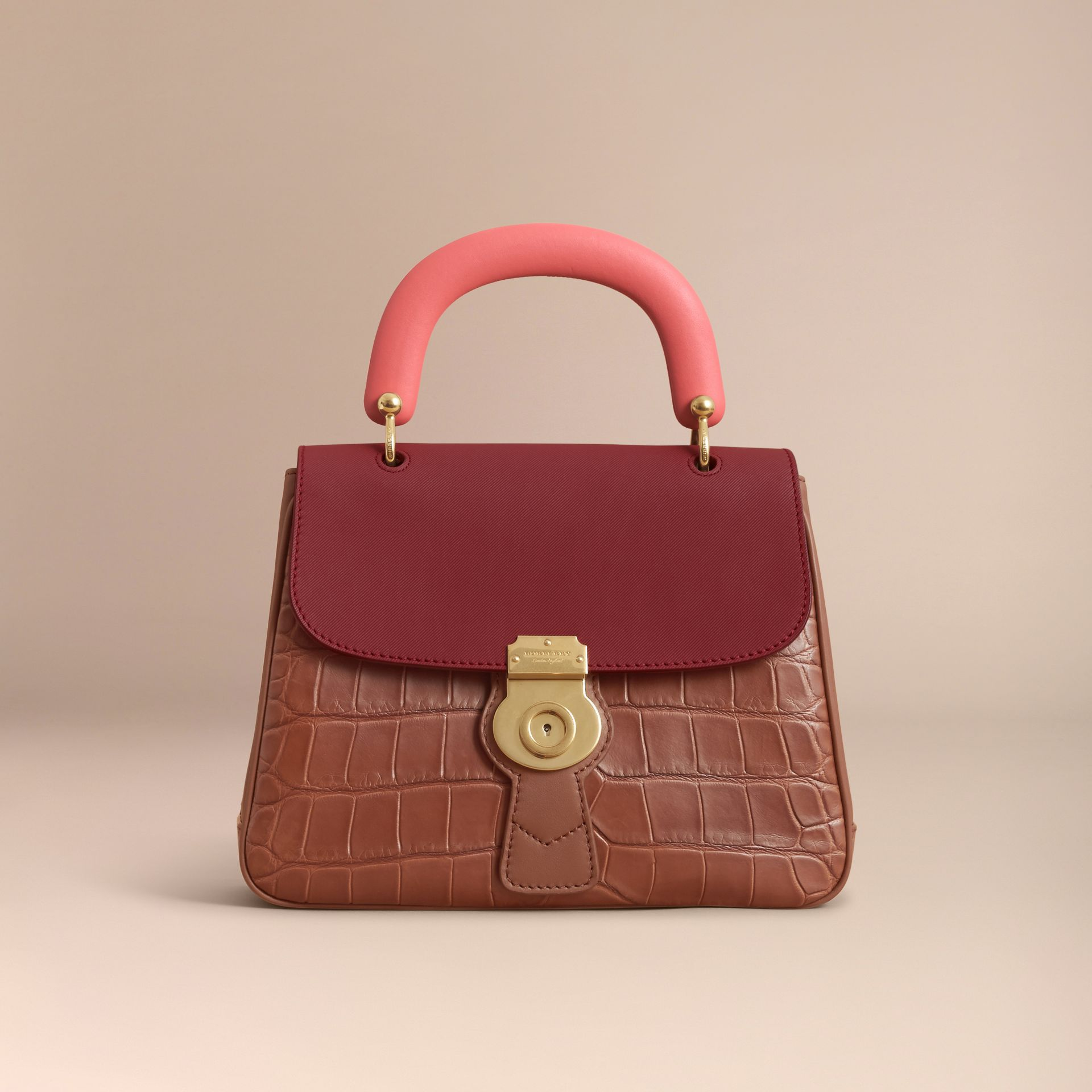 Sac à main DK88 moyen en alligator (Hâle/rouge Antique) - Femme | Burberry - photo de la galerie 7