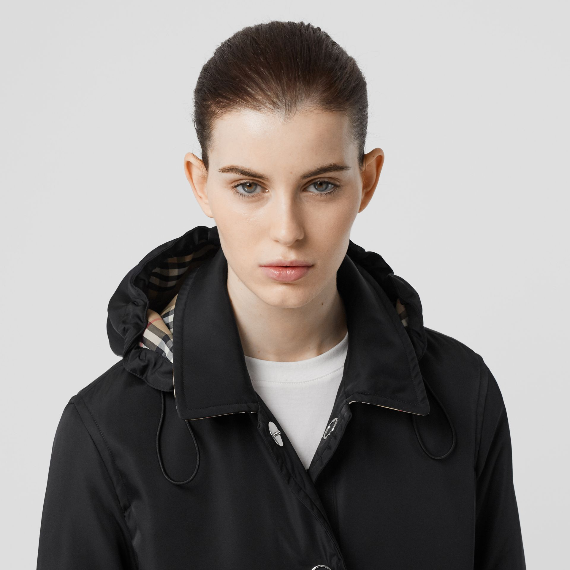 Detachable Hood ECONYL® Jacket in Black - Women | Burberry - gallery image 1