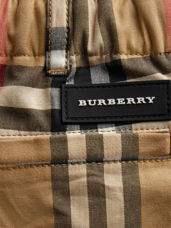 Vintage Check Cotton Tailored Shorts in Antique Yellow - Children | Burberry United Kingdom - cell image 1