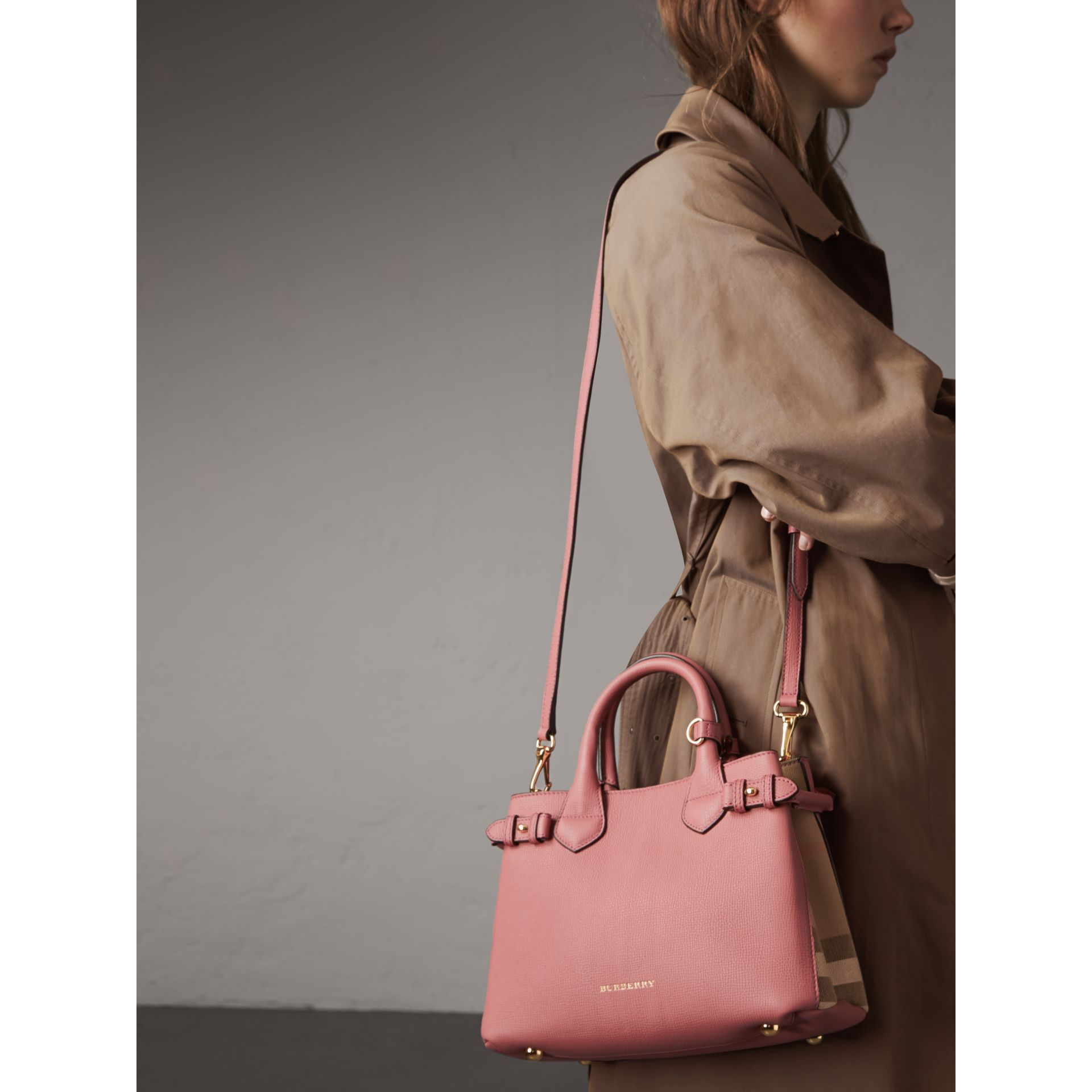 The Small Banner in Leather and House Check in Mauve Pink - Women | Burberry - gallery image 4
