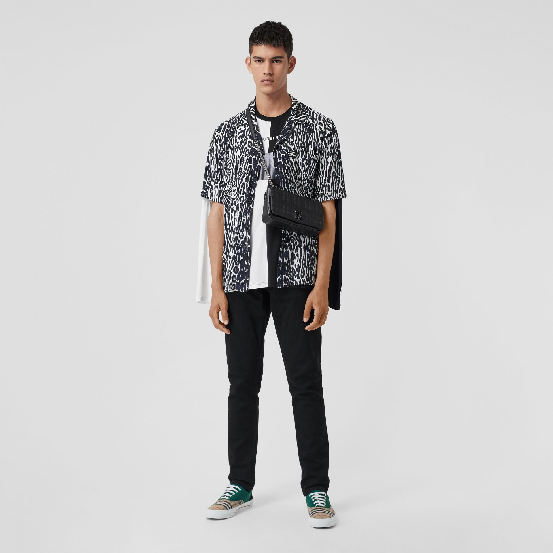 Short-sleeve Leopard Print Twill Shirt in Black - Men | Burberry United Kingdom - gallery image 0
