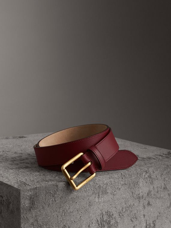 Trench Leather Belt in Antique Red