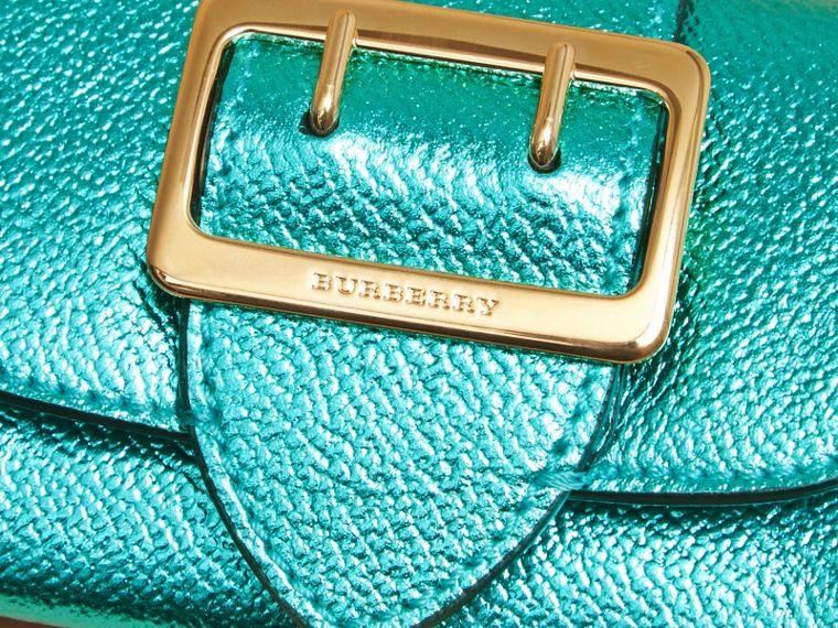 Metallic Leather Card Case in Emerald - cell image 1