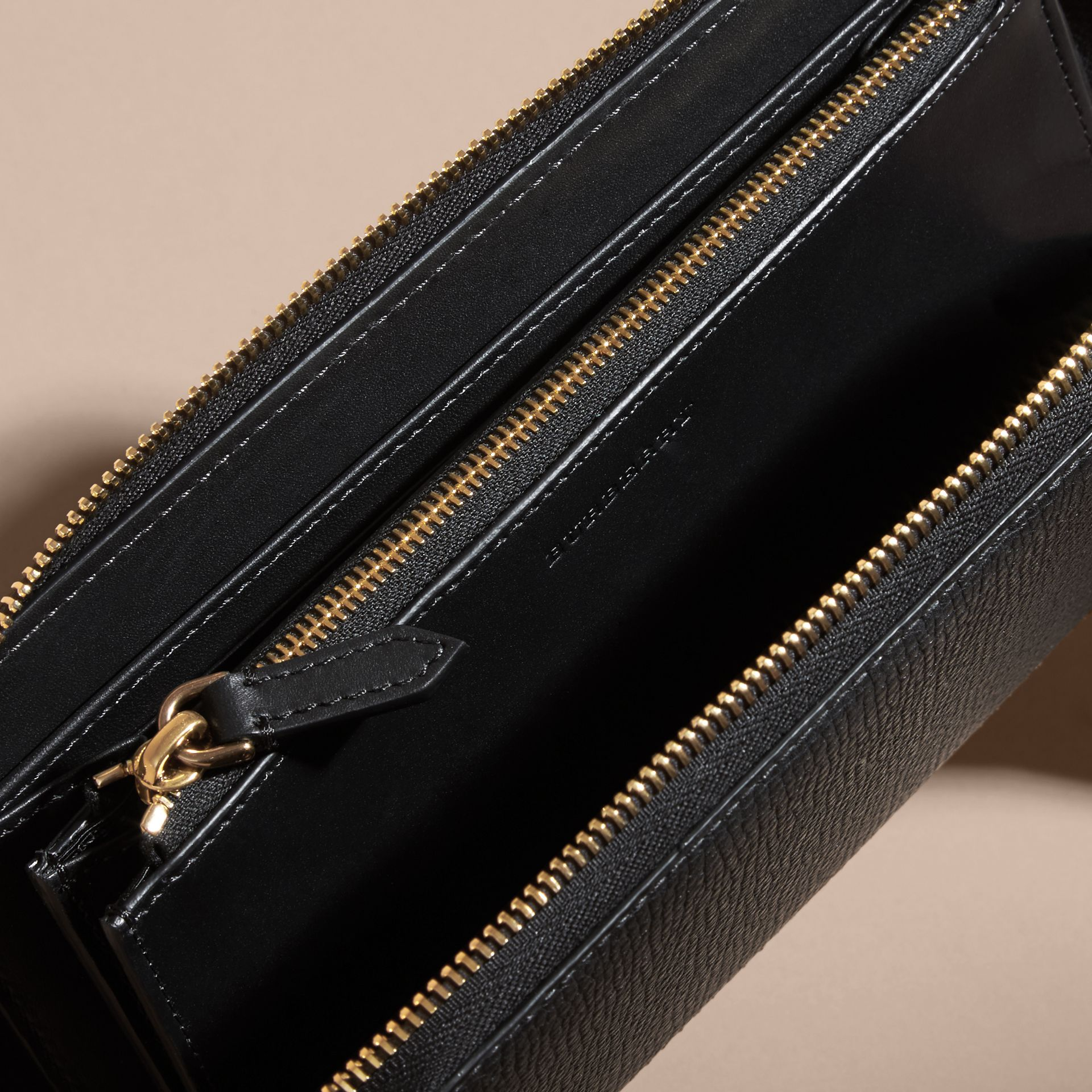House Check and Grainy Leather Ziparound Wallet in Black | Burberry - gallery image 5