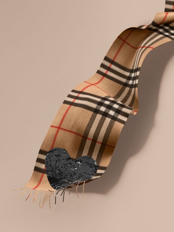 The Classic Cashmere Scarf in Check with Sequined Heart Camel/black