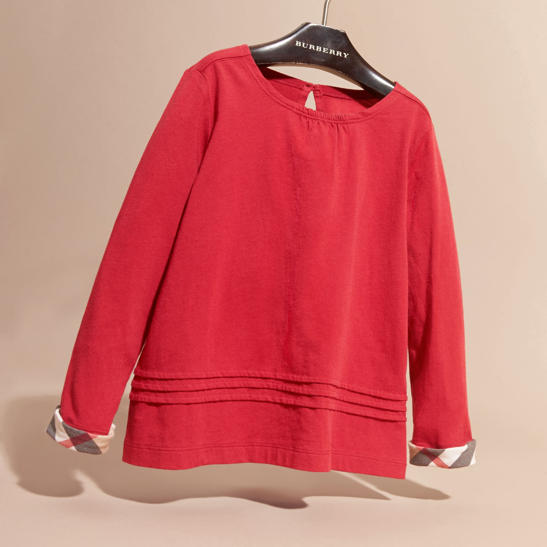 Long-sleeved Pleat Detail Check Cotton T-Shirt in Parade Red - gallery image 3