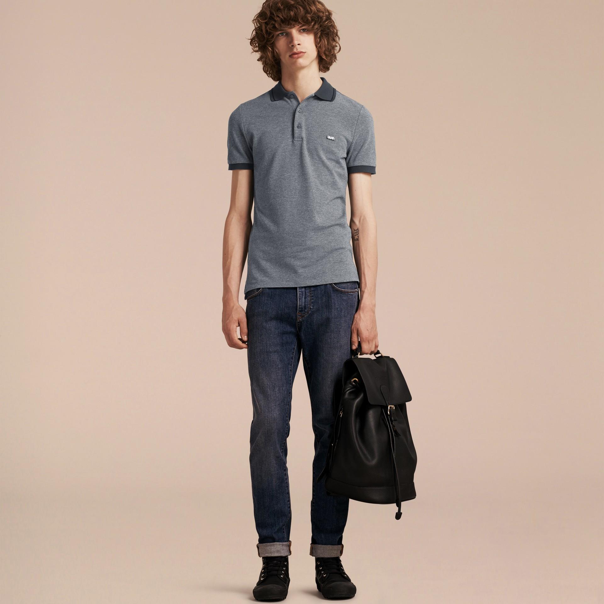 Mid grey melange Camisa polo de algodão piquê com detalhes contrastantes Mid Grey Melange - galeria de imagens 6