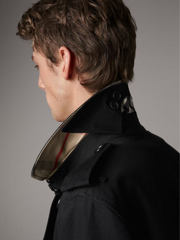 The Kensington – Short Trench Coat in Black - Men | Burberry Singapore - cell image 1