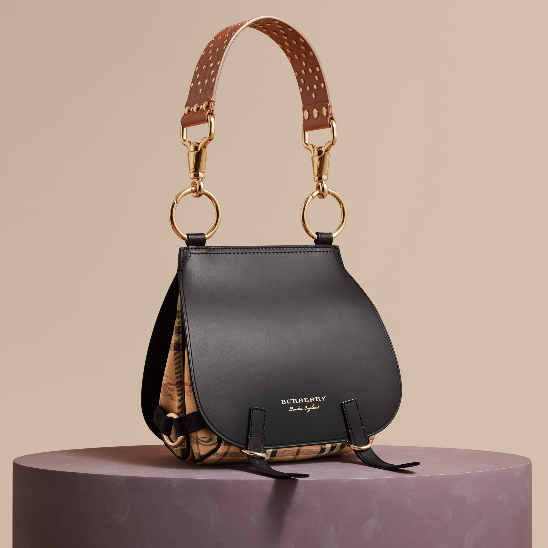 Borsa The Bridle in pelle, motivo Haymarket check e alligatore (Nero) - Donna | Burberry - immagine della galleria 1