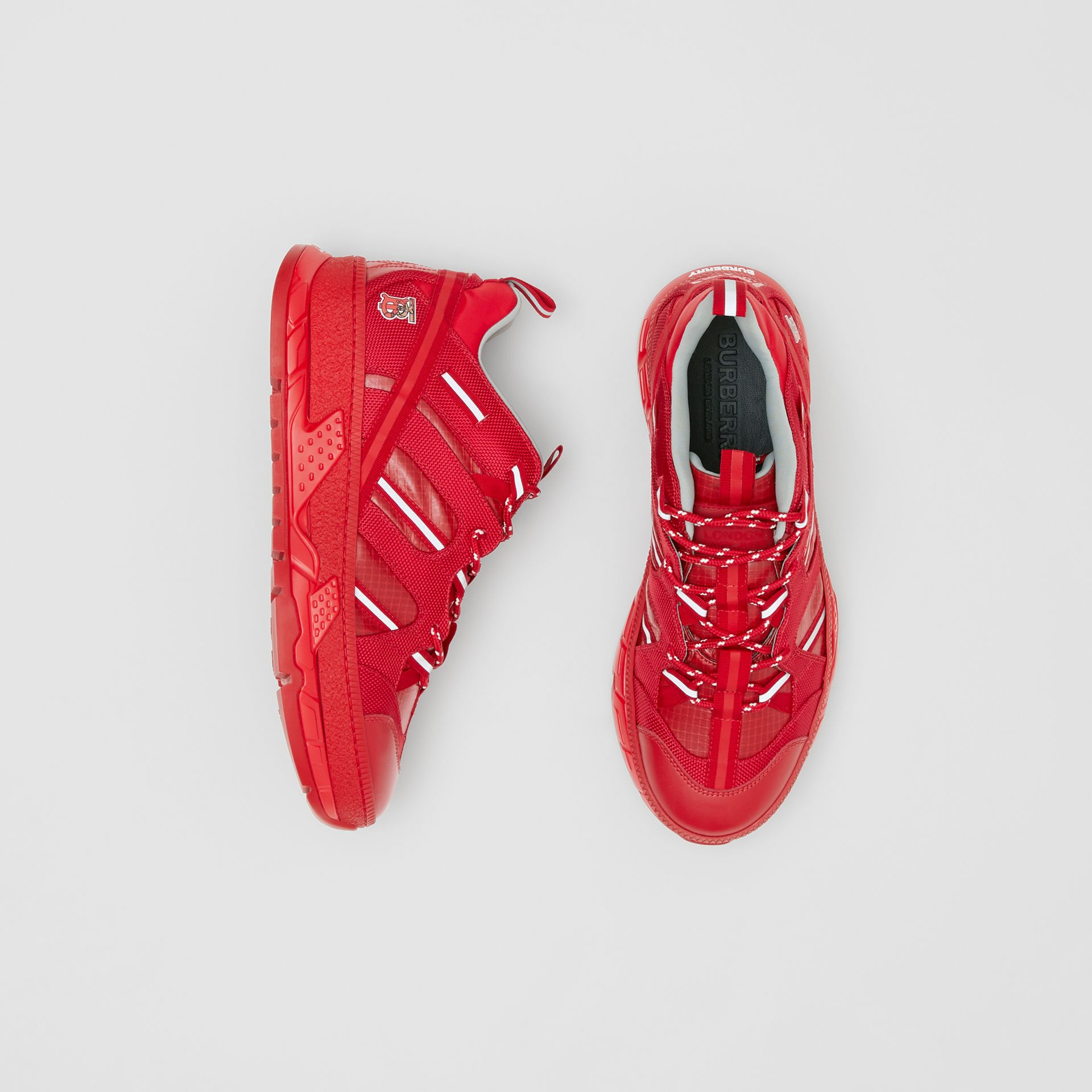 尼龍和皮革 Union 運動鞋 (亮紅色) - 女款   Burberry - 圖庫照片 0