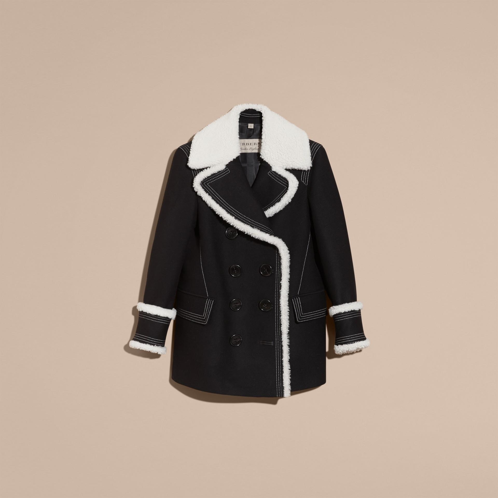 Nero Pea coat in misto lana e cashmere con finiture in shearling - immagine della galleria 4