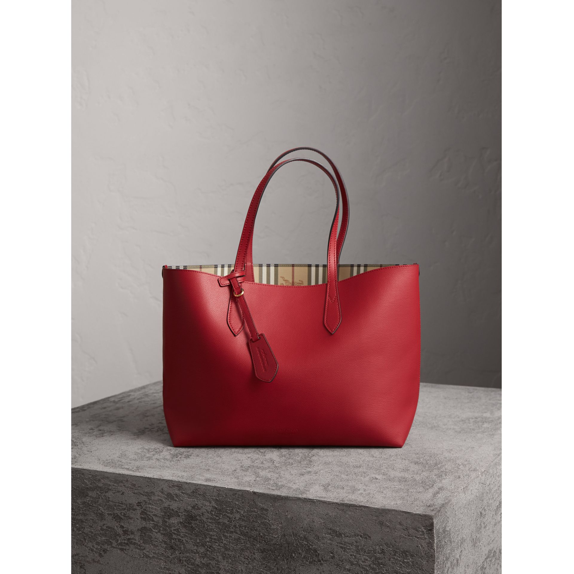 The Medium Reversible Tote in Haymarket Check and Leather in Poppy Red - Women | Burberry Canada - gallery image 1